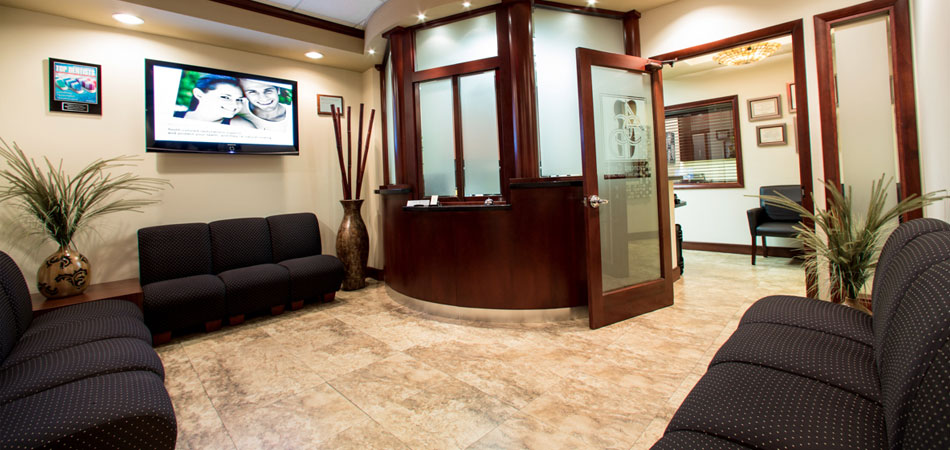 Front Office Photo At Dr. Cascanteu0027s Miami Dental Office